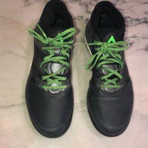 Adidas indoor soccer shoes sz 8